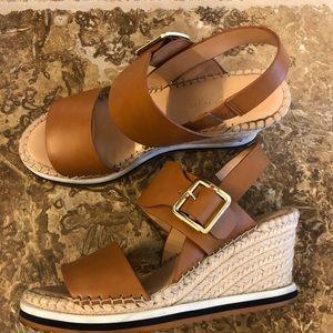 Tommy Hilfiger Yazzi wedge sandal, look brand new!
